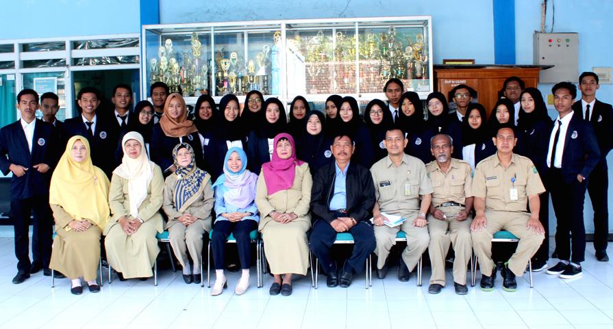 PPL dari UNIPA di SMPN 1 Sedati